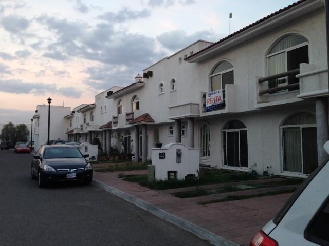 Casa en venta en villa jardin queretaro queretaro con 136m2 for Apartamentos villa jardin cambrils