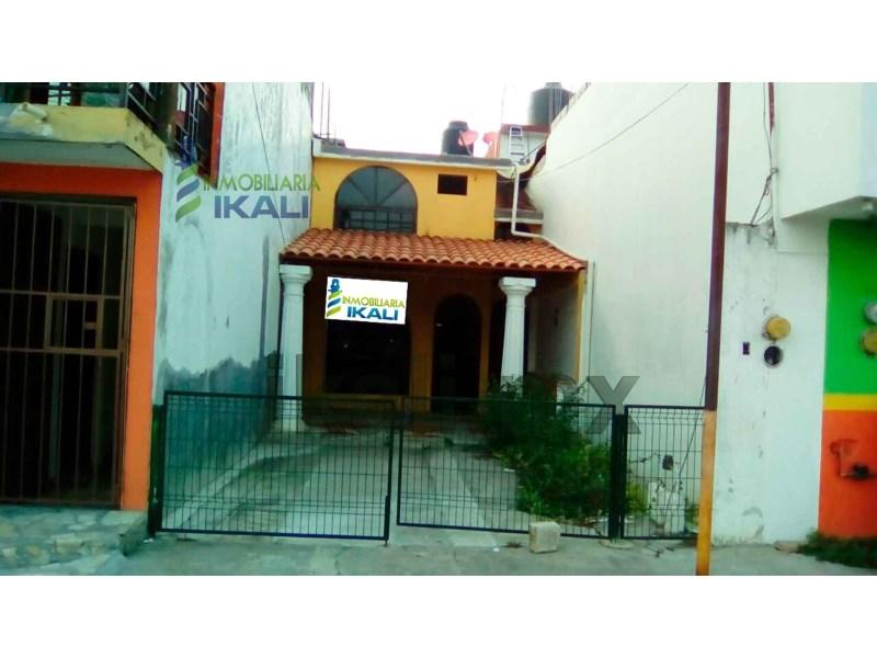 Casa en renta en kawatzin valencia coatzintla veracruz con 0m2 - Apartamentos en alquiler en valencia ...