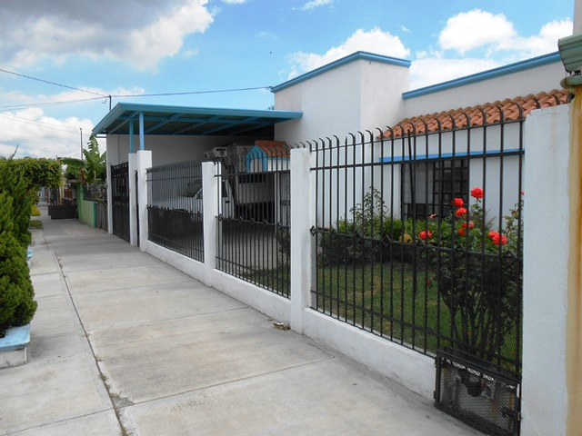 Casa en renta en colonia bellavista salamanca guanajuato for Alquiler de casas en bellavista sevilla