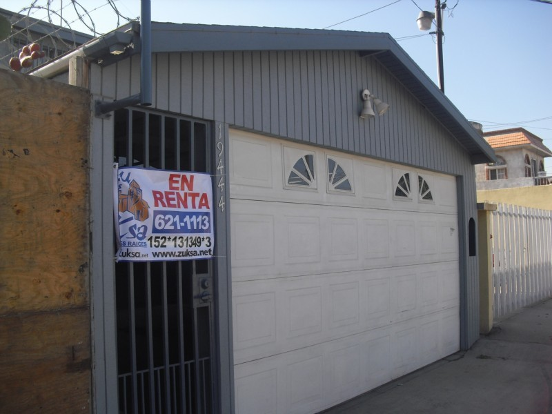 Casa en renta en zona otay tijuana baja california con 0m2 for Renta casa minimalista tijuana