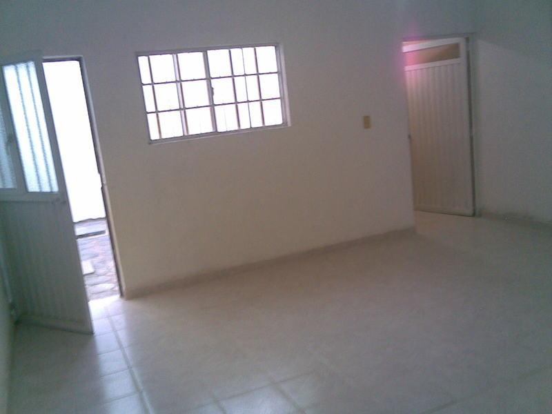 Casa en renta en santa rita celaya guanajuato con 65m2 for Casas en renta en celaya